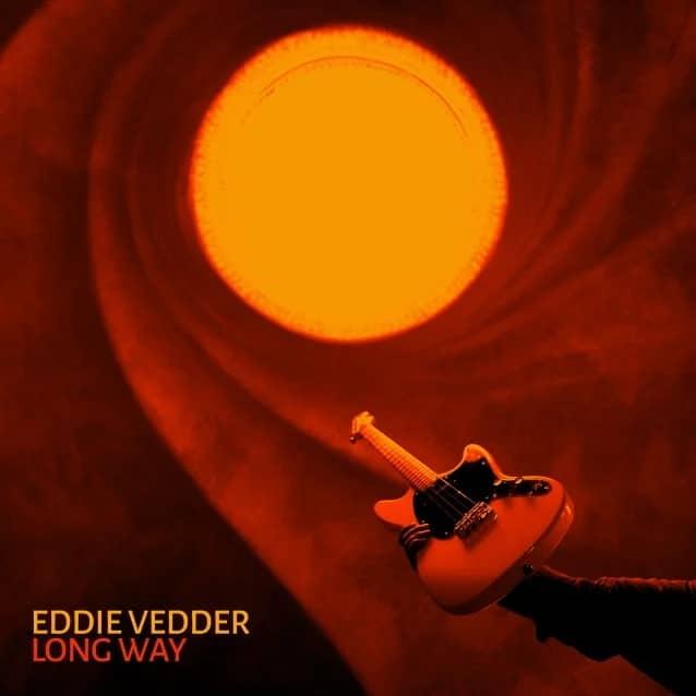 Eddie Vedder de Pearl Jam dévoile son nouveau single solo, Long Way, et annonce son album, Earthling