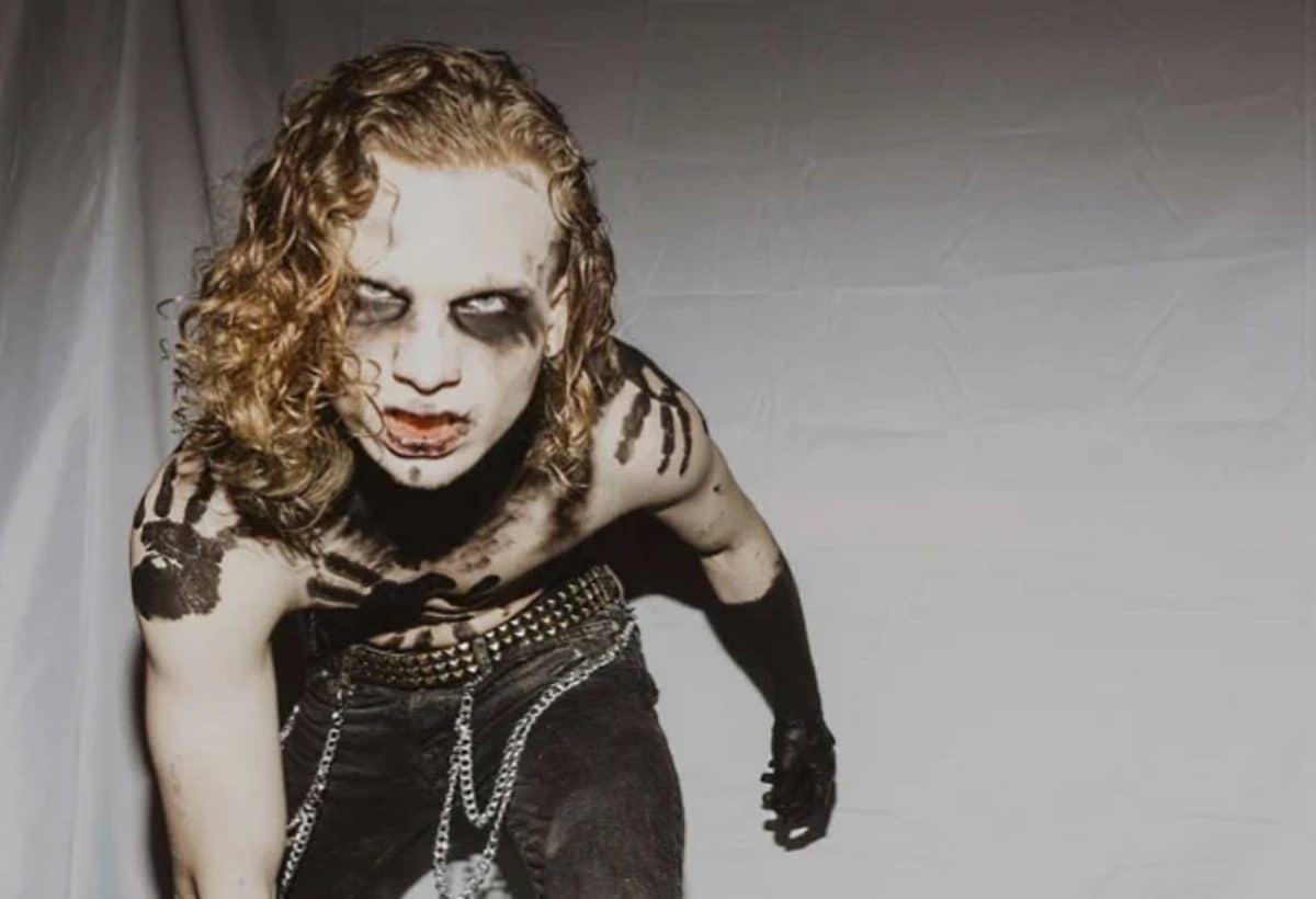 Le fils de Corey Taylor commente le décès de Joey Jordison et s'oppose aux critiques