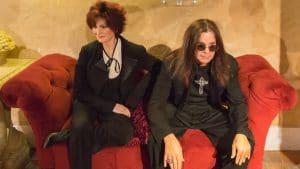 """Sharon Osbourne à propos de sa relation avec Ozzy : """"Toutes les disputes, toutes les réconciliations, toutes les bagarres, toutes les arrestations, tout ça. C'est une histoire d'amour"""""""