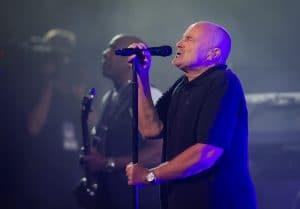 """Phil Collins """"peut à peine tenir une baguette"""", quelques jours avant la tournée de Genesis"""