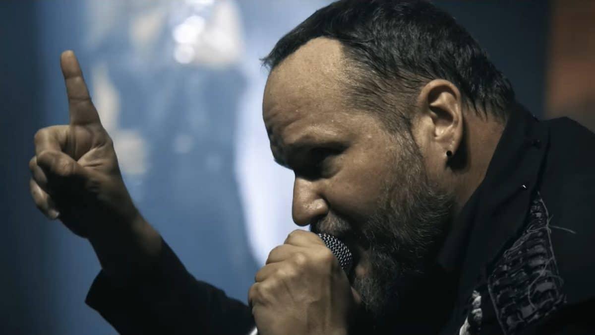 """Tim """"Ripper"""" Owens, l'ancien chanteur de Judas Priest, critique le Dr Fauci pour avoir modifié ses recommandations concernant la Covid-19 à plusieurs reprises"""