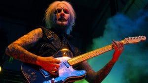 """Van Halen : John 5 à propos de la retraite annoncée de David Lee Roth : """"Merci pour la musique et les souvenirs"""""""