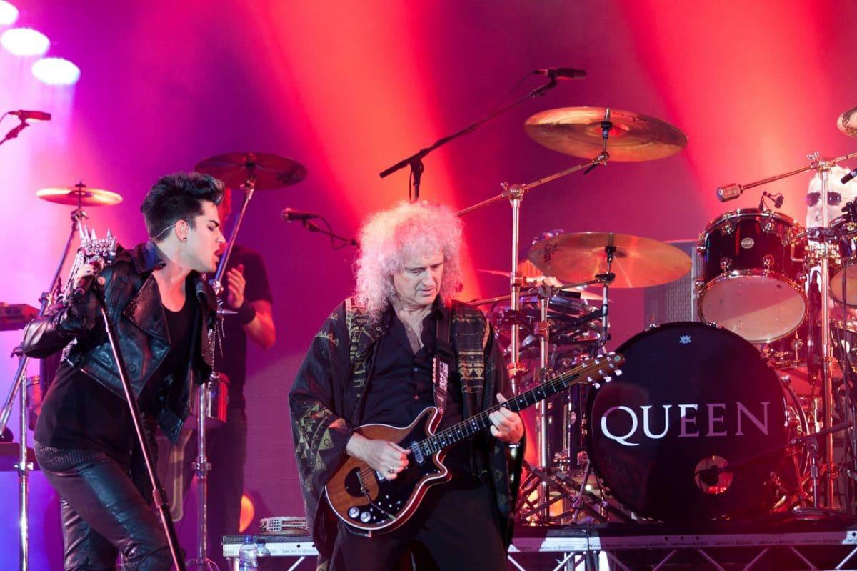 "Adam Lambert ""mérite une chance d'enregistrer une chanson de Queen"", selon Roger Taylor"